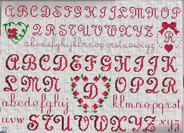 Alfabeto cuore punto croce uncinetto for Schemi punto a croce alfabeto