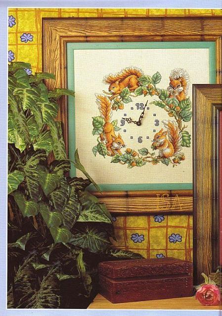 Orologio scoiattoli 1 punto croce for Orologio punto croce schemi gratis