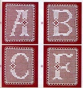 Lettere alfabeto filet 1 punto croce for Piastrelle uncinetto filet schemi