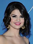 Selena Gomez 2 240x320 sfondo wallpaper