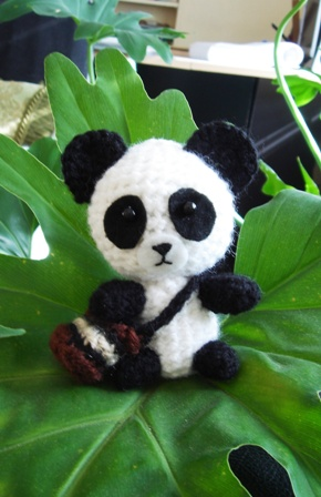 Panda Giant Amigurumi - magiedifilo.it punto croce ...