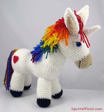 Free Dk Baby Knitting Patterns : Come realizzare un unicorno colorato ad amigurumi - magiedifilo.it punto croc...