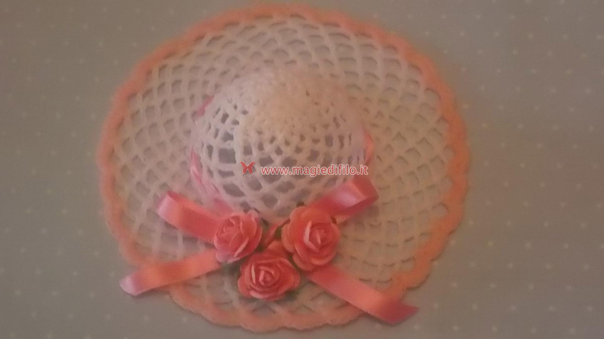 Tutorial per realizzare cappellino inamidato bomboniera - magiedifilo.it  punto croce uncinetto schemi gratis hobby creativi c9612af8f59d