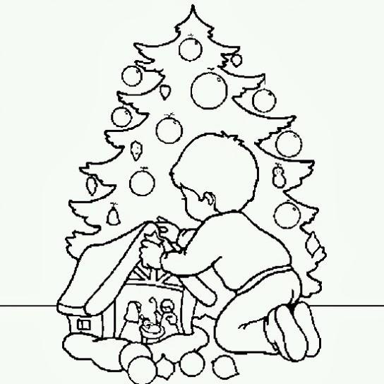 Bambino Con Albero E Presepe Disegno Di Natale Da Colorare